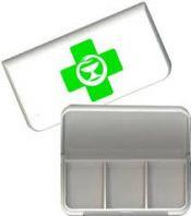 Minidosetti vihreä risti-logolla 3 lokeroa 1 kpl